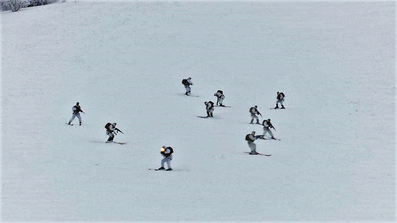 Военные альпинисты Минобороны Узбекистана провели учения в экстремальных условиях