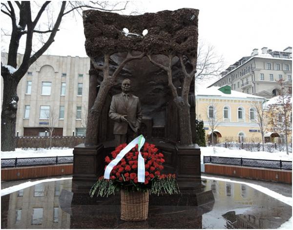 В Москве почтили память Ислама Каримова