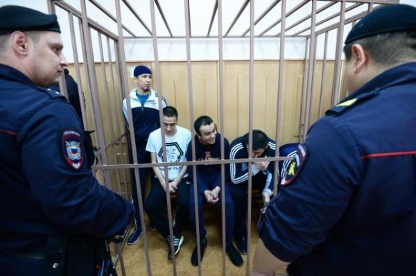 Дело о теракте, совершенным гражданами Кыргызстана, Узбекистана и Таджикистана в петербургском метро направили в суд