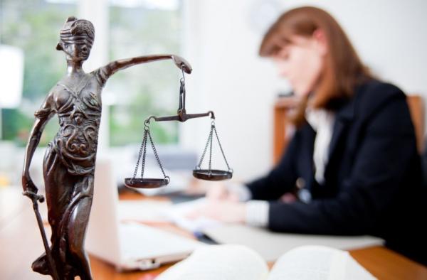 Адвокаты Узбекистана заявили о посягательствах и незаконных действиях органов дознания, следствия и судов