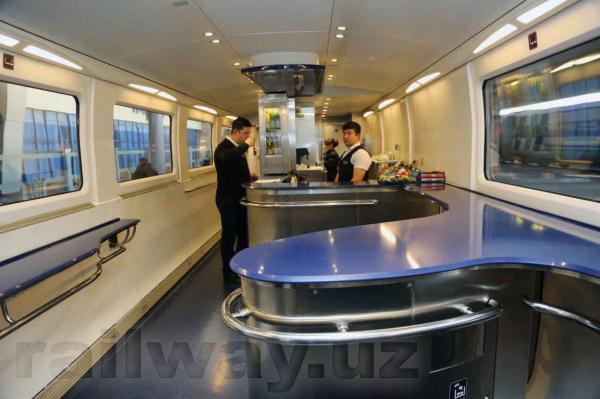 В узбекистанских поездах появились полноценные вагоны-рестораны