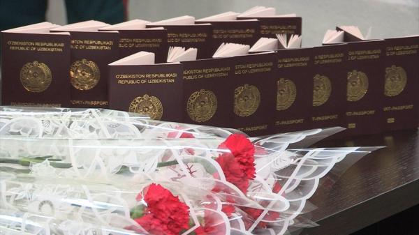 Сотрудники паспортных столов начали рассылать ташкентцам sms