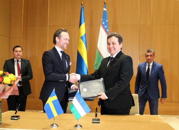 Швеция планирует поставлять в Узбекистан комфортабельные туристические автобусы