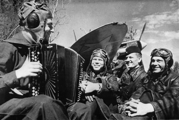 Русская песня, вдохновившая миллионы солдат по всему миру