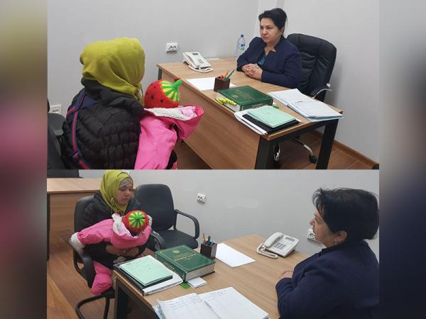 Комитет женщин помог Муяссар и маленькой Маржоне вернуться в Наманган
