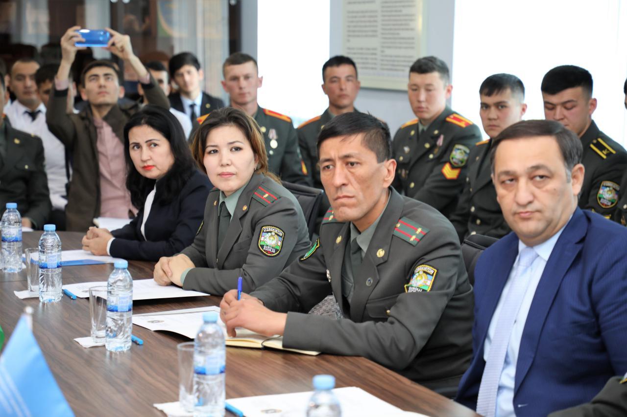 В Узбекистане впервые будут готовить военных журналистов
