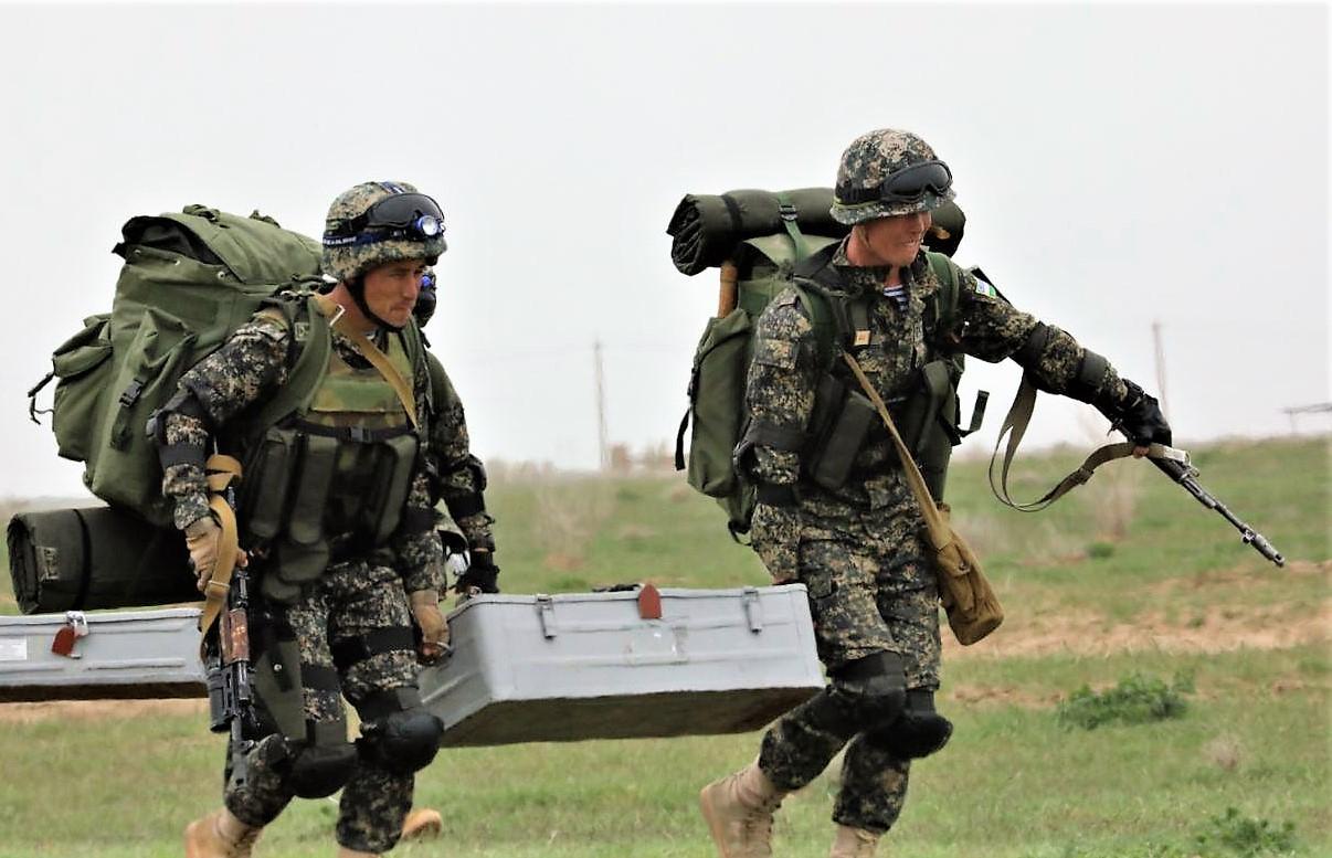Войска Юго-западного особого военного округа Узбекистана подверглись внезапной проверке боеготовности (фото)