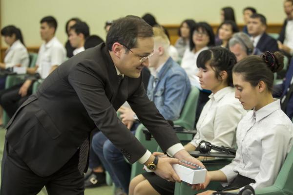 Презентован проект издания учебников и книг для незрячих и слабовидящих