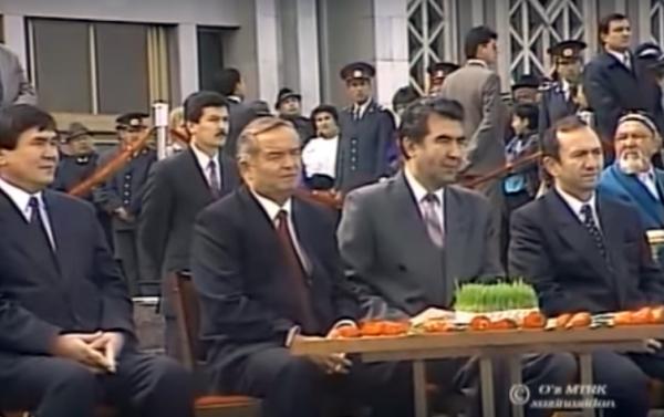 Навруз-1993: опубликованы уникальные кадры праздника с участием Ислама Каримова (видео)