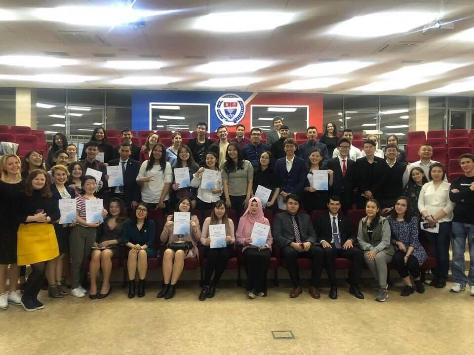 Молодые евразийские лидеры зарядились бизнес-идеями на Форуме в Алматы