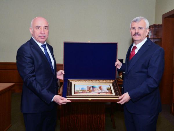 Турецкий университет медицинских знаний открывает в Бухаре свой филиал и клинику