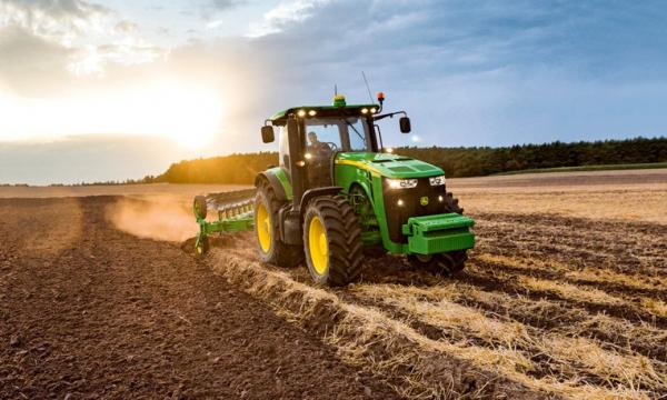 Узбекистан принял под  государственную опеку оснащение села сельхозтехникой