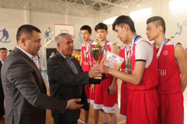 Сборная Азербайджана стала победителем  по баскетболу в Намангане