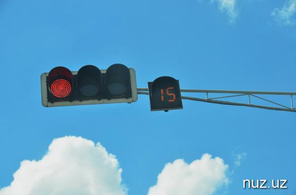 «Всем стоп»: светофоры Ташкента заработали в новом режиме