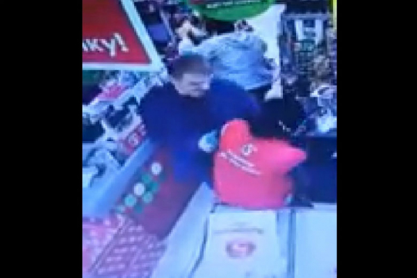 Под Тулой кассира супермаркета из Узбекистана убили на глазах покупателей