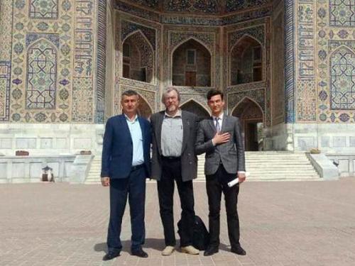 Актер «Комеди Франсез» сыграет Улугбека в постановке узбекского режиссера