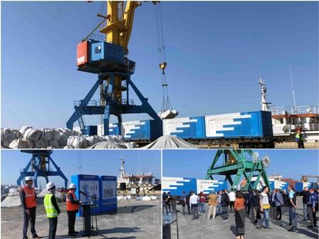 Узбекистан отправил первый транзитный контейнерный груз из порта Актау