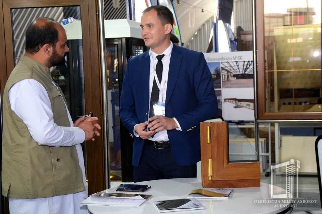 Узбекистан и Афганистан открыли приграничную торговую зону