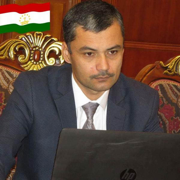 Шухрат Латифов (Таджикистан): многовекторная внешняя политика стран Центральной Азии должна быть направлена на сокращение экономической и политической зависимости от России