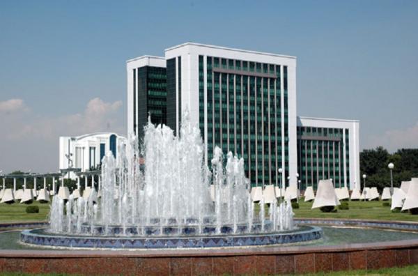 Министерство экономики и промышленности Узбекистана предупреждает о внешних вызовах в среднесрочной перспективе