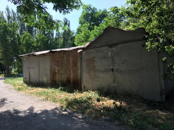 Снести нельзя оставить: в Юнусабадском районе снова избавляются от гаражей
