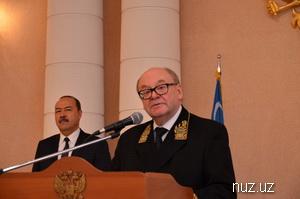 День России отметили в Ташкенте