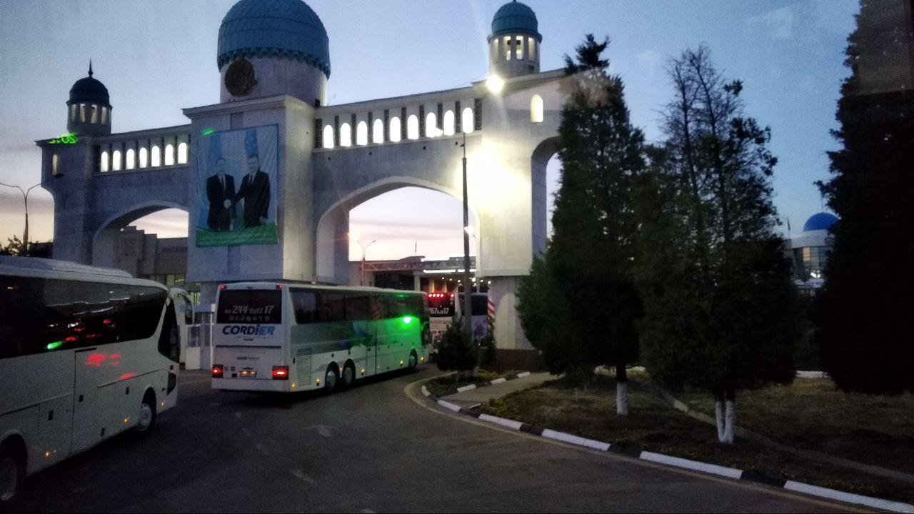 Едем на Иссык-куль из Ташкента: как добраться, где жить, что посмотреть, и сколько это стоит