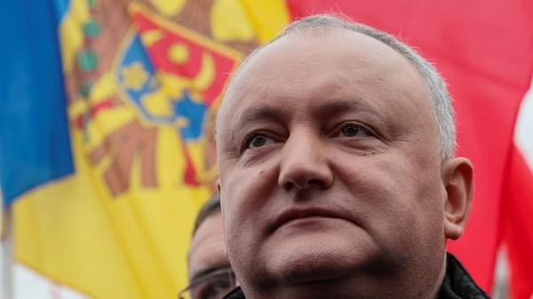 Кризис в Молдове: у кого власть? Объясняем в 500 словах