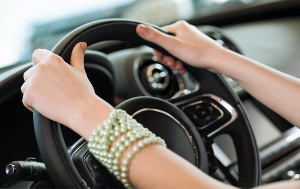 Близким родственникам могут разрешить пользоваться автомобилем без доверенности