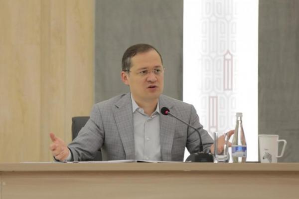 Комил Алламжонов: фуқароларнинг турк сериалларидан норозилиги ортиб бориши кузатилмоқда