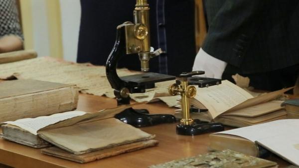 Карты, рукописи, монеты и иконы: в Ташкенте обнаружен ценный клад