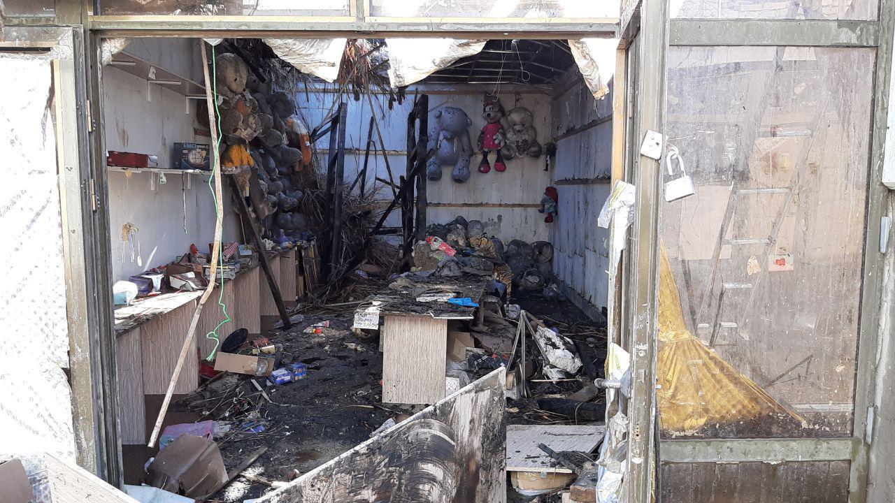 В магазинах на центральном рынке Бухары произошел пожар