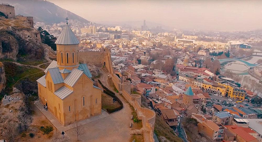 «Узбекистон хаво йуллари» начала полеты в Тбилиси