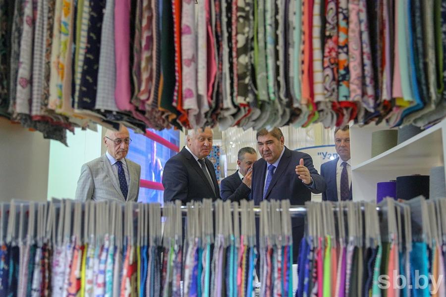 В Минске проходит выставка «Сделано в Узбекистане» (фото)