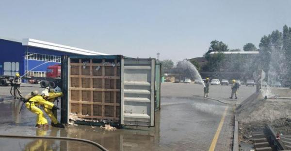 Успели вовремя: из-за жары в Алмазарском районе столицы едва не произошла утечка фреона и сжиженного газа