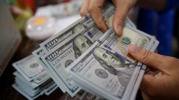 Хорижий валютани эркин сотиб олиш ва сотиш масаласи муҳокама қилинди