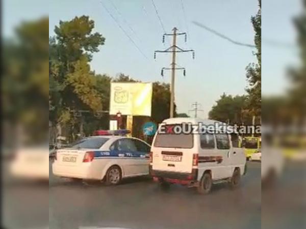 Эпичная погоня: сотрудник ДПС несколько минут безуспешно преследовал упрямого нарушителя на «Дамасе» (видео)