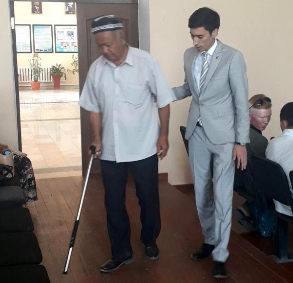 Молодые ученые разработали «инновационную трость» для слепых