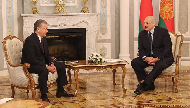 """Лукашенко - Мирзиёеву: """"За два года мы сделали гораздо больше, чем за предыдущие двадцать пять лет"""""""