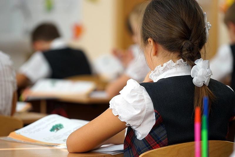 Тревожный «первый звонок»: почему за пробелы в системе образования должны отвечать дети?
