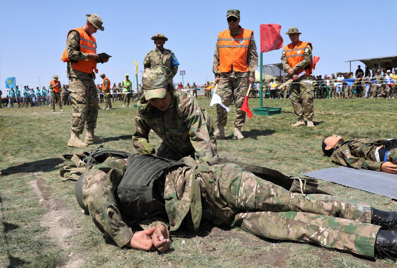 Военные медики Узбекистана стали лидерами в индивидуальных соревнованиях «Военно-медицинской эстафеты» (фото)