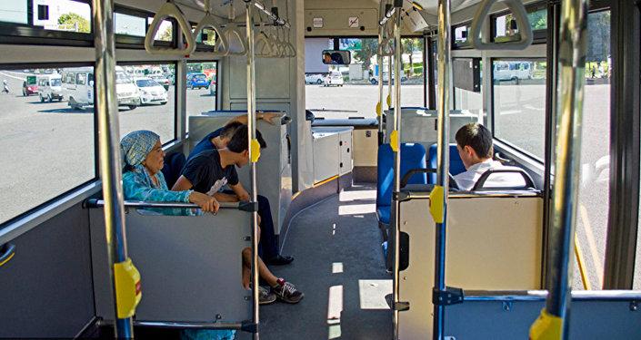 С 15 августа в Ташкенте вырастет размер платы за проезд в общественном транспорте