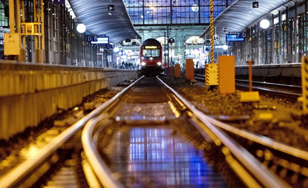 Neue Zürcher Zeitung (Германия): нападения со смертельным исходом на перронах немецких вокзалов