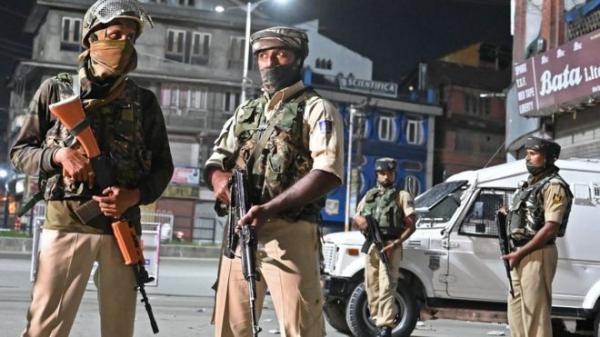 Индия отменяет автономию Кашмира. Это чревато войной с Пакистаном