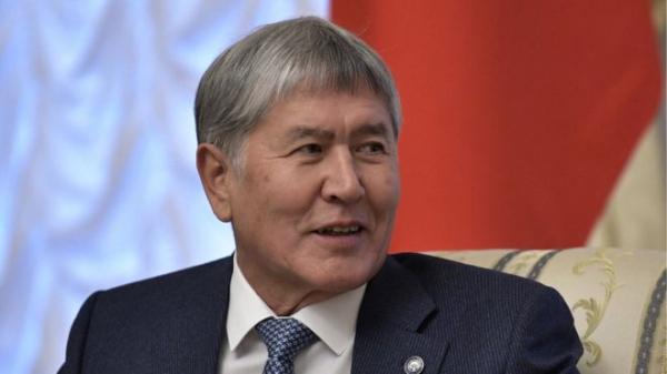 Спецназ штурмовал дом экс-президента Кыргызстана Атамбаева. Его отбили соратники. Видео