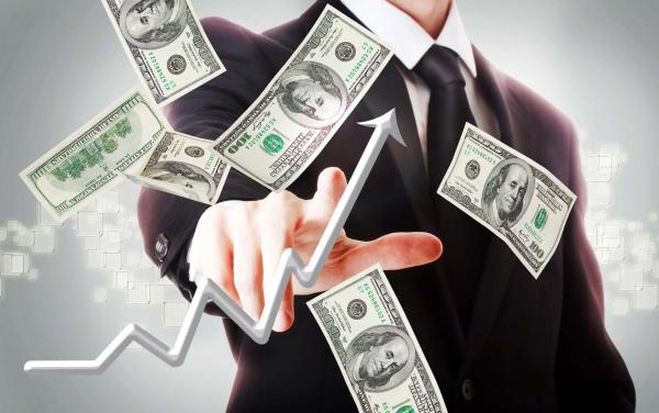 Курс доллара впервые превысил отметку в 8 800 сумов