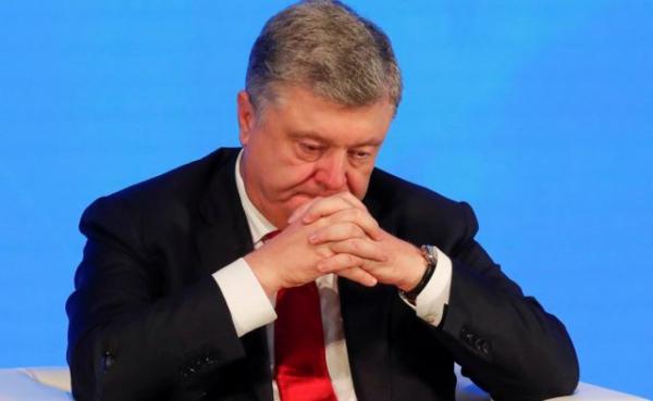 Суд в Киеве обязал открыть уголовное дело против Порошенко. Что это значит?