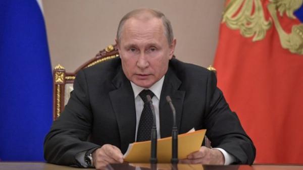 """Путин обещал """"симметричный ответ"""" на американские ракеты"""
