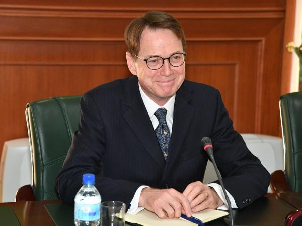 Новый посол Великобритании встретился с главой МИДа