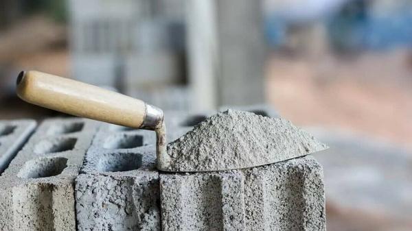 Узбекистан на треть увеличил импорт цемента